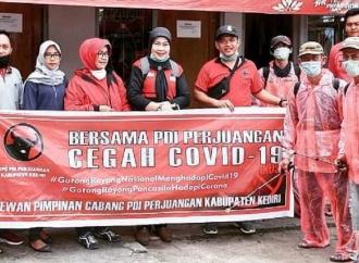 Banteng Kediri Bagikan Sembako & APD Corona ke Masyarakat