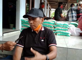 Banteng Lumajang Bagikan Sembako & Masker ke Masyarakat