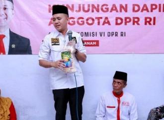Dampak Corona, Mufti Bagikan 40 Ribu Paket Sembako
