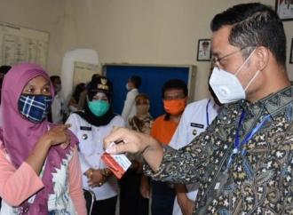 Pandemi Corona, Juliari Ajak Beri Dukungan ke Lansia