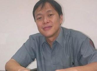 Albert Kritisi Penangan Banjir di Kota Padang
