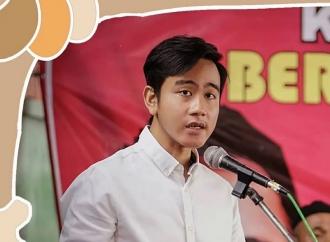 Gibran Salurkan Bantuan APD untuk 10 RS di Kota Surakarta