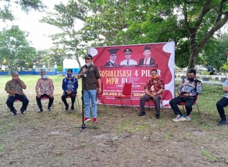 Agustiar Sabran Gelar Sosialisasi Empat Pilar & Bagi Sembako