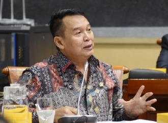 TB Hasanuddin Minta Pemerintah Tunda Pilkada 2020