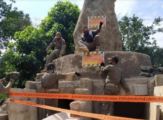 Bupati Beri IMB, Segel Makam Sunda Wiwitan Dibuka