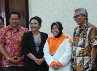 Mega Puji Srikandi Banteng Kepala Daerah, Risma & BupatiEka
