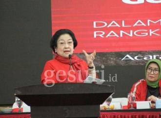 Megawati Sarankan Milenial Kunjungi TMP, Makam Anonim