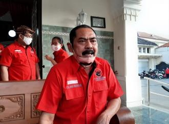 Menangkan Pilkada, Banteng Solo Bagi-bagi Kambing ke Kader