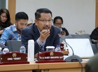 Penanganan COVID-19, Gilbert: Anies Lepas Tanggung Jawab!