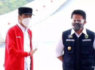 Presiden Jokowi Harapkan Pemda Bangun Sentra Perekonomian