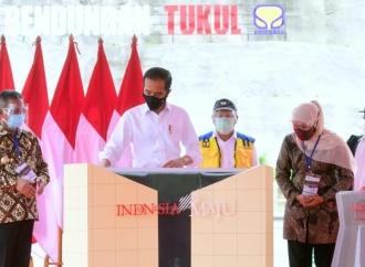 Presiden Jokowi Resmikan Bendungan Tukul di Pacitan