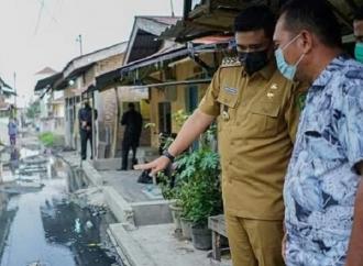 Wali Kota Bobby Segera Perbaiki Jalan Rusak di Medan Amplas