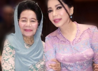 Ibunda Wafat, Iis Sugianto: Mami Jadi Teladan Yang Terbaik