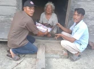 Instruksi Ketum, Banteng Sei Kepayang Timur Berbagi Kasih