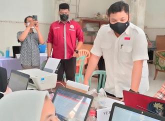 Achmad Hidayat Sambangi Posko PPDB GMBU di Kalibutuh