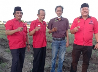 Bulan Bung Karno, Banteng Sidoarjo Tinjau Desa Wonoplintahan