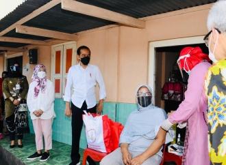 Presiden Jokowi Minta Kepala Sekolah Tuntaskan Vaksinasi