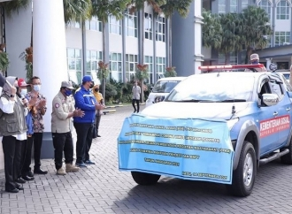 Dewanti Salurkan 3.000 Bansos Bagi Relawan Sosial & Warga