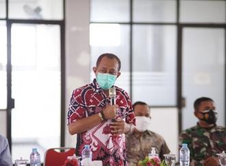 Armuji dan Anas Karno Serahkan Bantuan ke 112 Pelaku UMKM