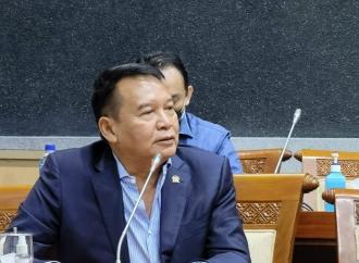 Hasanuddin Ingatkan Bahaya Oligarki & Fundamentalisme