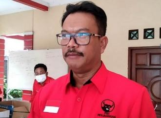 Edy Wuryanto Salurkan PIP Kepada Ribuan Siswa Blora