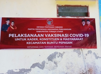 PDI Perjuangan Toraja Utara Gelar Vaksinasi di SMK 4 Torut