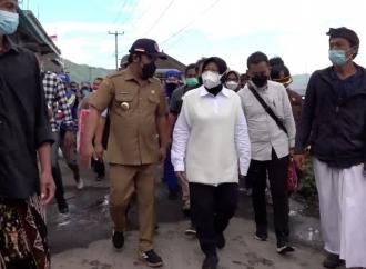 Risma Gercep Sambangi ke Korban Gempa di Bali