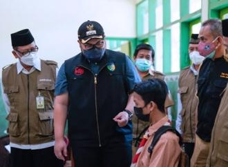 Dhito Terus Gencarkan Vaksinasi ke Lansia dan Pelajar
