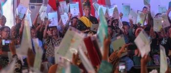 https://img.gesuri.id/crop/350x150/content/2018/12/15/24645/presiden-jokowi-serahkan-6-000-sertifikat-di-pekanbaru-tXWA0c4NBw.jpg