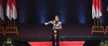 https://img.gesuri.id/crop/350x150/content/2019/11/13/53548/presiden-minta-kepala-daerah-kompak-dan-berhati-hati-ME9f9Yjent.jpg
