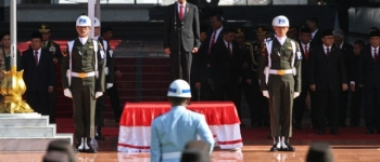 https://img.gesuri.id/crop/350x150/content/2020/10/01/81930/presiden-jokowi-pimpin-upacara-hari-kesaktian-pancasila-gyyqQukRCH.jpg