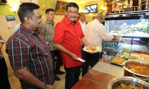 Djarot Bersuka Cita Dapat Dukungan dari JR Saragih