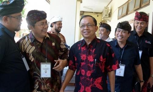 Gemas, Gubernur Koster Kumpulkan Pelaku Pariwisata Bali