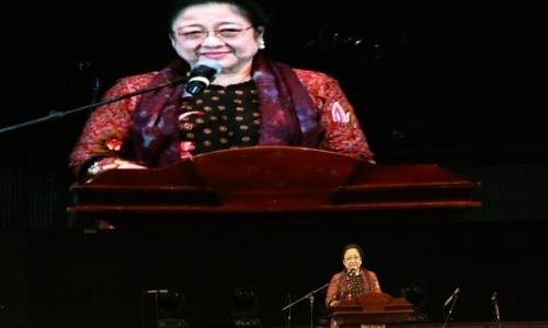 Megawati Ajak Perempuan Indonesia Lebih Maju