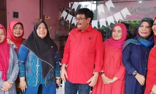 Dana Desa Pemerintah Jokowi Ikut Berdayakan Kaum Ibu