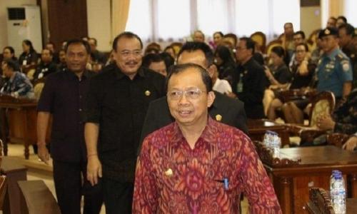 Koster Tegaskan Perubahan Nama LPD Perkuat Budaya Bali