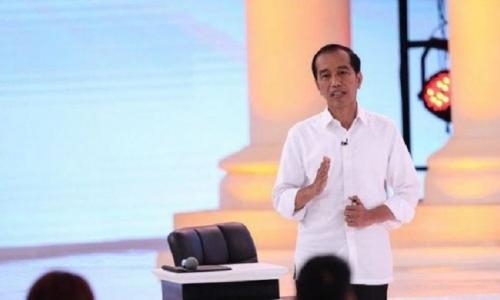 Soal 'Ear Piece', Jokowi: Fitnah Jangan Diteruskan