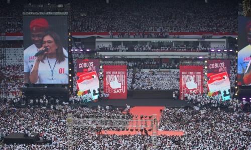 Jutaan Pendukung Jokowi Putihkan GBK