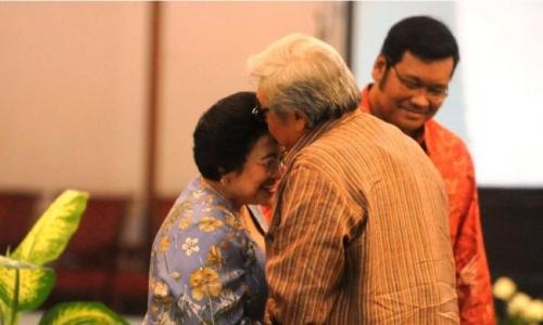 Kala Sabam Kenang Romansa Megawati dan Taufiq Kiemas