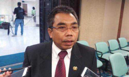 Gembong: Gubernur Anies Seperti Terjebak di Hutan