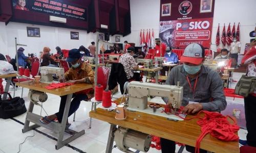 PDI Perjuangan Jatim Ubah Aula Kantor Jadi Konveksi Masker