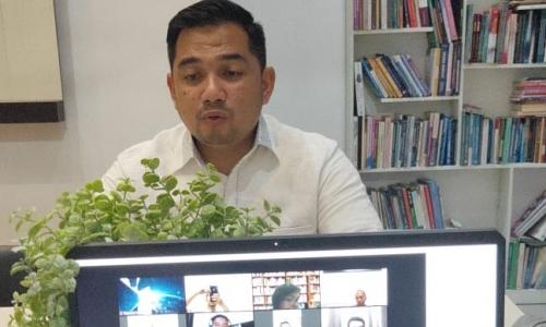 Rifqi Buat Terobosan, Gelar Kelas Virtual Parlemen