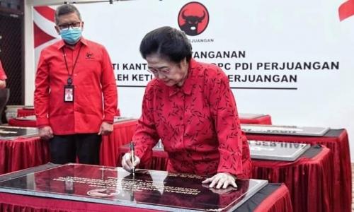 Megawati Meresmikan 20 Kantor Partai Tingkat DPD dan DPC