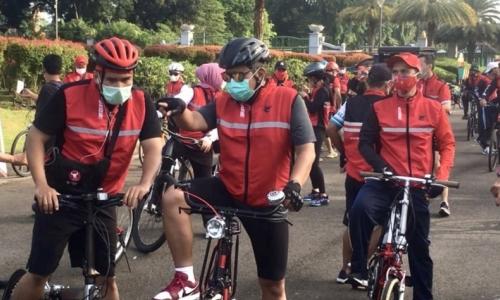 Elite Partai Ikut Gowes Bareng PDI Perjuangan di GBK & Monas