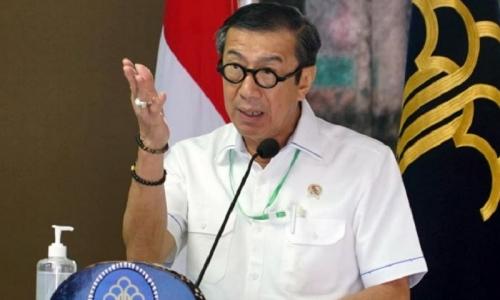 Menteri Yasonna Larang Tenaga Kerja Asing Masuk Indonesia