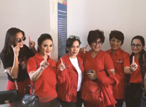 Caleg Artis Napak Tilas Sejarah Indonesia