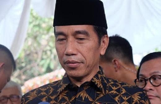 Jokowi Minta Selamatkan Korban Kapal Tenggelam Danau Toba