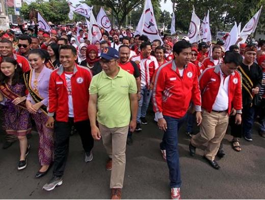 Ara dan Kang Emil Kampanye Perdana Jokowi-Ma