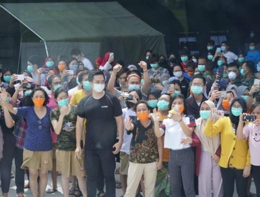 Jokowi Perintahkan Kesehatan 238 WNI dari Natuna Dipantau
