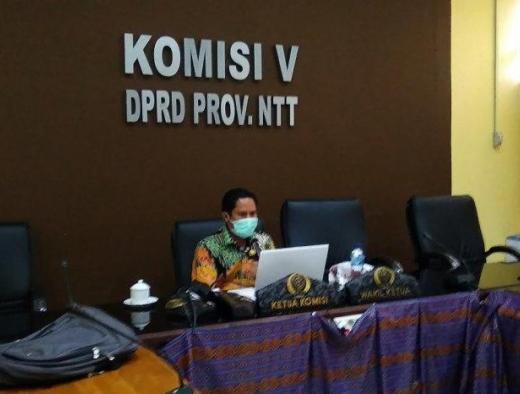 Yunus Apresiasi Pemprov NTT Belum Buka Kembali Sekolah